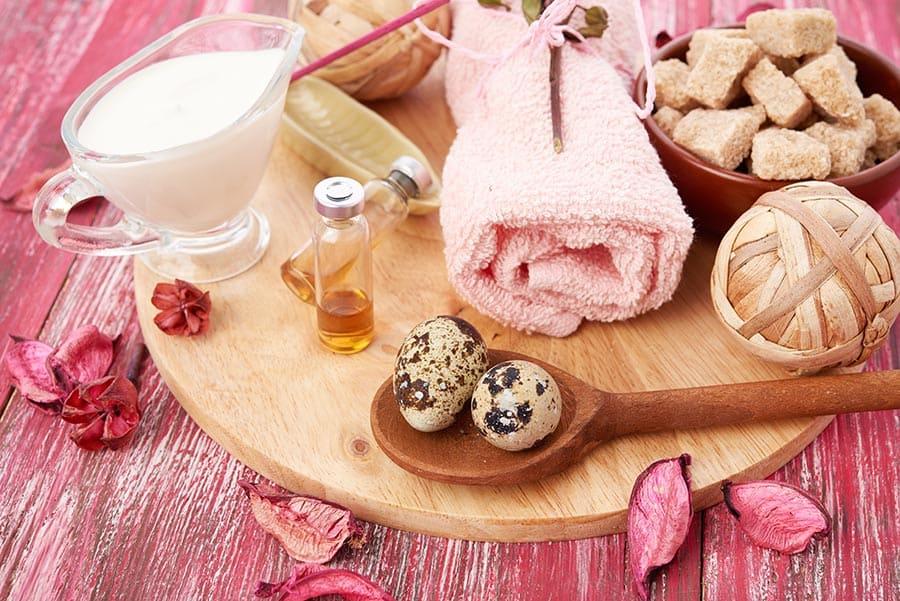 Натурални продукти за ексфолиране на кожата. Дома;ни ексолианти за лице и цяло тяло.